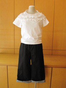 tricot:Tシャツ ¥24150