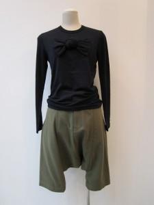 コムコム : Tシャツ ¥18900