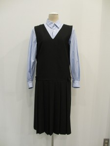 コムコム : ジャンバースカート ¥38430
