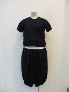 コムコム : Tシャツ ¥17850