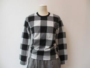 コムコム : Tシャツ ¥32550