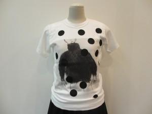 コムコム : Tシャツ(白×黒水玉) ¥18900