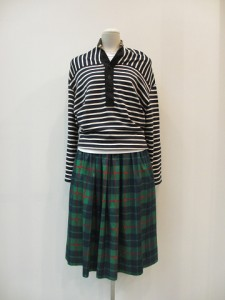 tricot : スカート ¥32550 (グリーン系)