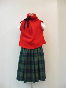 tricot : ニット ¥33600 (赤)