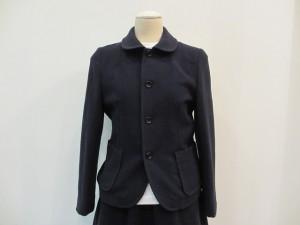 ジャケット ¥51450 (ネイビー)