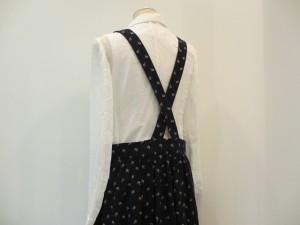 コムコム : ジャンパースカート ¥56700