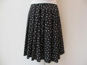 コムコム : スカート ¥35700 (黒×白)