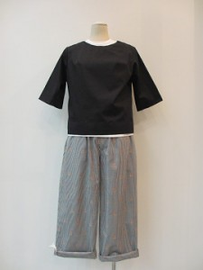 trivot : パンツ ¥31320 (黒/ピンク花柄)
