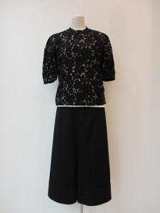 tricot : パンツ ¥32400 (黒)
