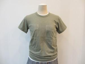 コムコム : Tシャツ ¥14040 (カーキ)
