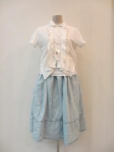 tricot : スカート ¥37800 (インディゴ)