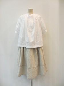 tricot : ブラウス ¥43200