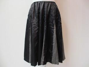 コムコム : スカート ¥31320 (黒×グレー)