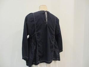 コムコム : ブラウス ¥29160