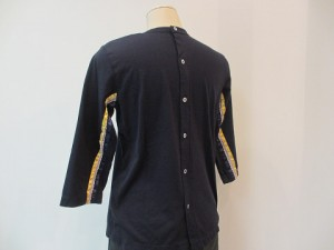 tricot : Tシャツ  ¥20520 (紺)