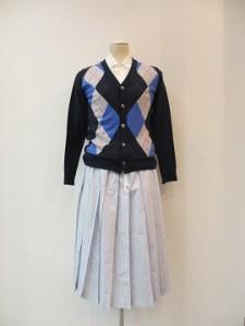 tricot : ニット ¥56160 (紺系)