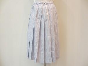 tricot : スカート ¥42100 (白/サックス/ブルー)