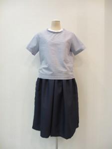 tricot : ブラウス ¥19440 (ブルー/白)
