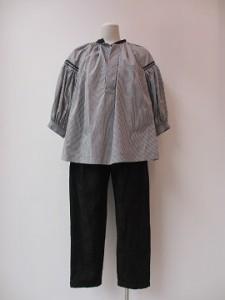 tricot : ブラウス ¥31320