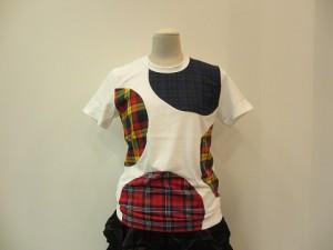 コムコム : Tシャツ ¥19440