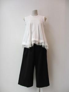 tricot : Tシャツ ¥27000   (白)
