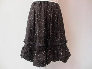 tricot : スカート ¥57240  (黒)