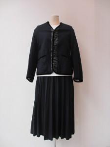tricot : スカート ¥43200  (紺)