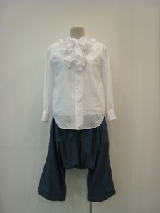 tricot : ブラウス ¥30240