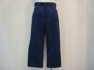 tricot : パンツ ¥31320 (紺)
