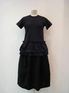 コムコム : Tシャツ ¥27000