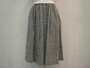 tricot : スカート ¥41040 (グレー/白)