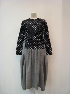 コムコム : スカート ¥43200 (ギンガム格子)