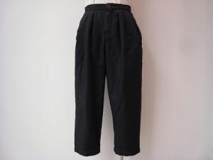 tricot : パンツ ¥21600  (紺)