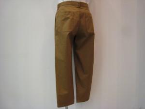 tricot : パンツ ¥21600  (ベージュ)