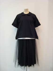 tricot : Tシャツ ¥24840 (黒)