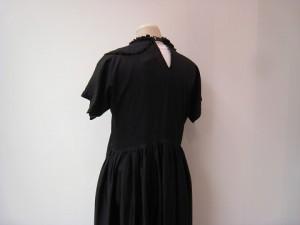 tricot : ワンピース ¥55080 (黒)