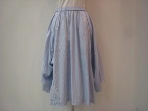 コムコム : スカート ¥44280 (D柄)