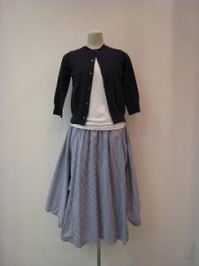 コムコム : スカート ¥44280 (C柄)