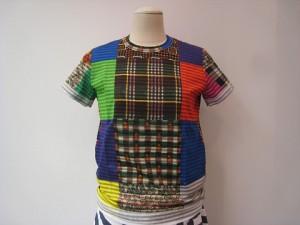 tricot : Tシャツ ¥25920 (ボーダー/マルチ)