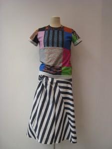 tricot : Tシャツ ¥25920 (花柄/マルチ)