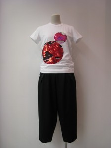 tricot: Tシャツ ¥24200 (白)