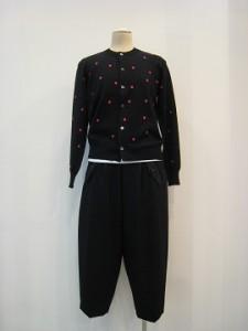 tricot : ニット ¥59400 (黒×ピンク)