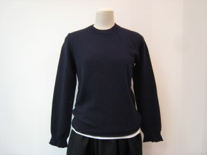 tricot : ニット ¥35200 (紺)