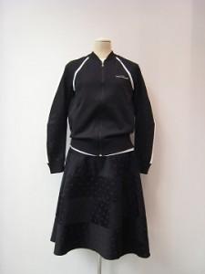 tricot : ニット ¥60500 (黒×白)