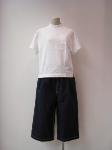 tricot : パンツ ¥41800 (紺)